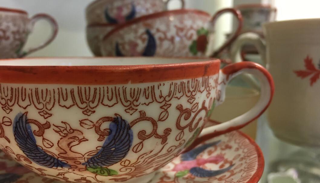 <strong>BRUKT:</strong> Hva med ny, hvit te i gamle kinesiske kopper? FOTO: Ina Kjøstvedt.