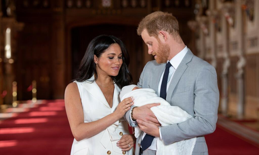 FOTOBRÅK: Hertuginne Meghan og prins Harrys hjem ble fotografert fra et helikopter. Nå mener Buckingham Palace at bildene var for nærgående, og sier at paret måtte flytte. Foto: NTB scanpix
