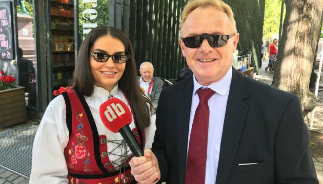 DROPPET BUNADEN: Per Sandberg kunne avsløre til Dagbladet at han måtte droppe bunaden i år, fordi den rett og slett var for stor. Foto: Dagbladet