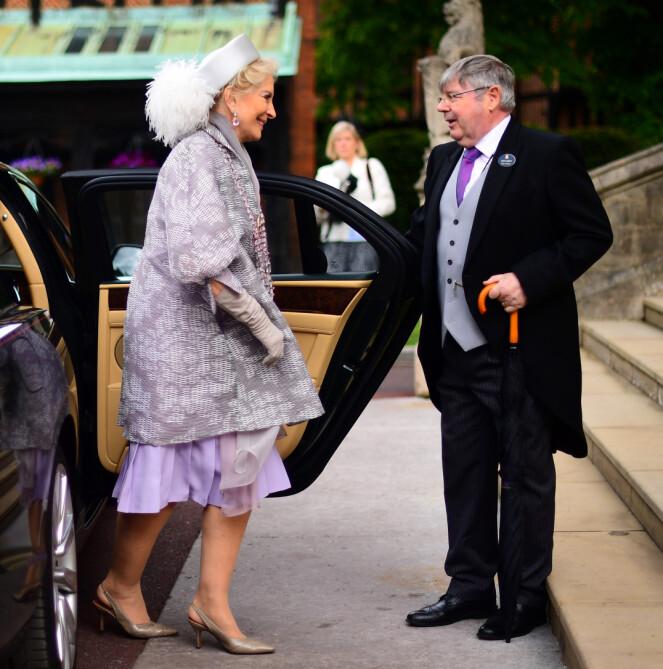 <strong>KONTROVERSIELL:</strong> Prinsesse Michael av Kent er an av kongehusets mest kontroversielle skikkelser. Her ankommer hun datterens bryllup. Foto: NTB scanpix