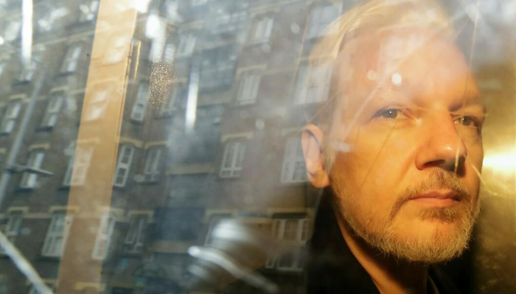 Sverige etterlyser Julian Assange