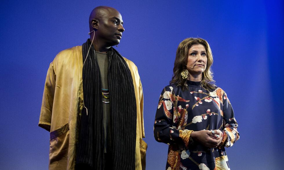 FOREDRAG: Märtha Louise og «sjaman» Durek Verrett holder foredrag på Clarion hotell i Stavanger mandag kveld. Foto: Carina Johansen / NTB Scanpix
