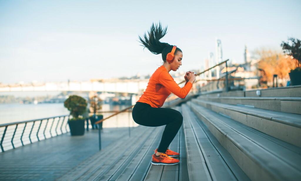 KROPPEN TRENGER ENERGI: Uansett om målet ditt er å bygge muskler eller å løpe 10 km, så trenger kroppen din mat og energi for å oppnå målet. FOTO: NTB Scanpix