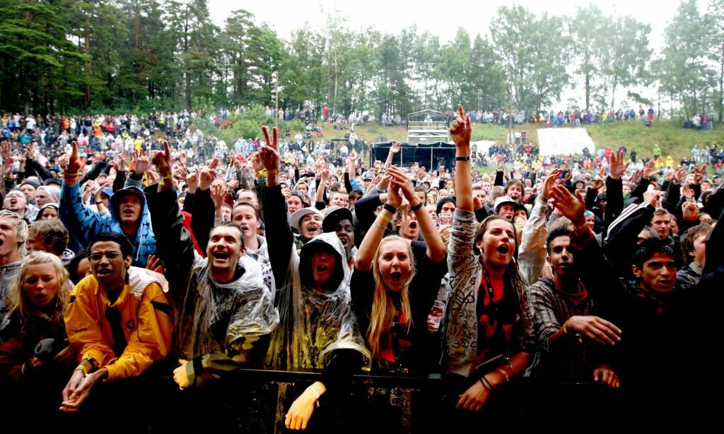POPULÆRT Tusener på tusener besøkte Hovefestivalen i sin tid. Her i 2007. De lokale kreftene som satset på en ny festival på samme område er nå konkurs. Foto: Eirik H. Urke / Dagbladet