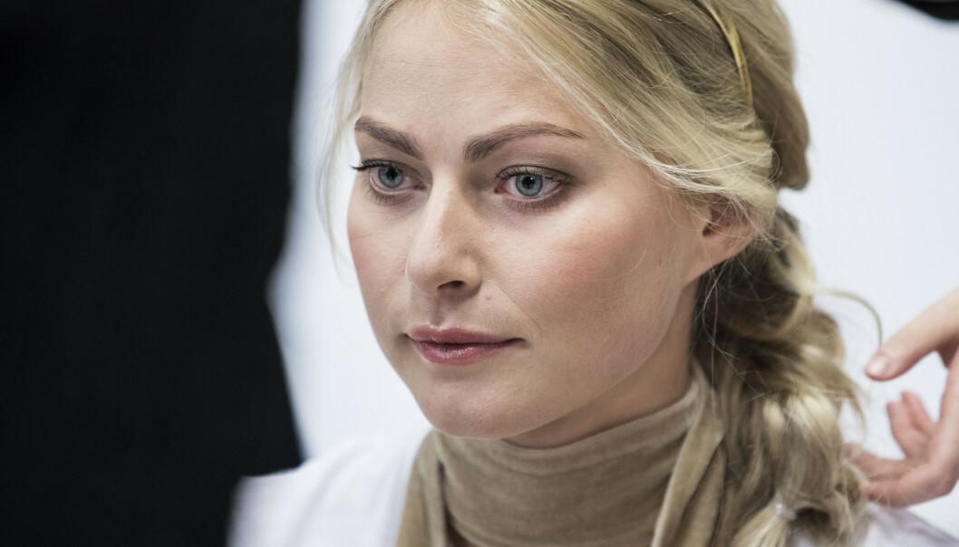 SKADE: Alpinisten Ragnhild Mowinckel (26) ble i mars så skadet at hun nå er bundet til krykker. Foto: NTB Scanpix