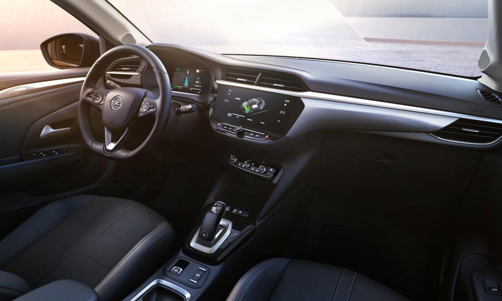 7 ELLER 10-TOM: Du kan selv velge utstyrsversjon, og hvor stor skjerm du ønsker. Foto: Opel
