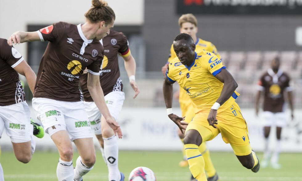 HAT TRICK-HELT: Ibrahima Wadji ble dagens store helt da han scoret hat trick mot Mjøndalen. Foto: Terje Bendiksby / NTB scanpix