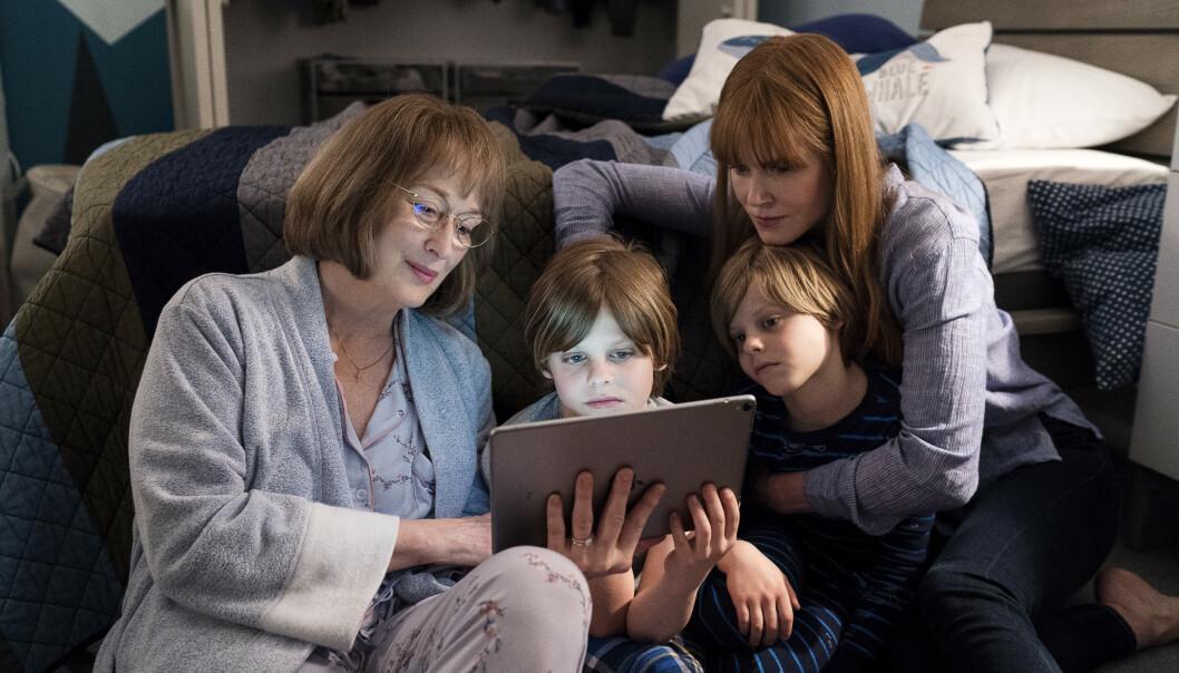 <strong>BESØK AV SVIGERMOR:</strong> Svigermor Mary Jane (Meryl Streep) begynner raskt å ane at ulykken der sønnen Perry døde, kanskje ikke var så uskyldig likevel. FOTO: HBO