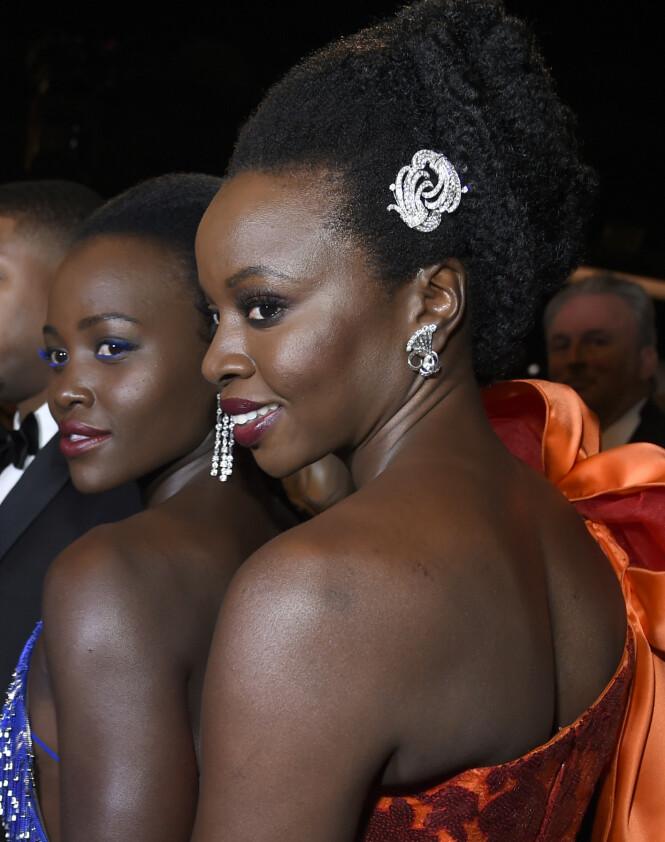 Lupita Nyong'o og Danai Gurira. Foto: Scanpix