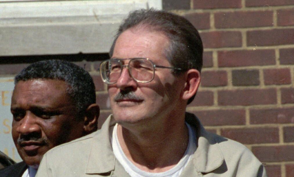 MULDVARP: Etter å ha vært dobbeltagent siden midten av 1980-tallet, ble Aldrich Ames arrestert for spionasje i 1994. Foto: AP Photo/Denis Paquin