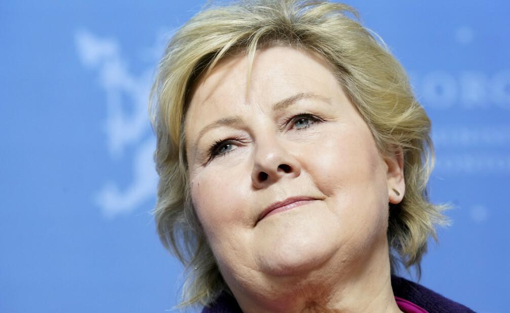 INEGN ELBILMOMS: Erna Solberg vil ikke innføre moms på elbiler før tidligst 2021. Foto: NTB Scanpix