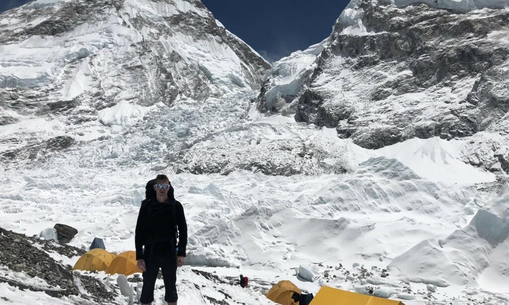 I HIMALAYA: Frank Løke kom nylig hjem fra et tre ukers opphold i Himalaya. Han er fast bestemt på å bestige fjellet. Foto: Privat