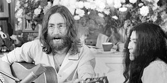 image: Da John Lennon og Yoko Ono i åtte dager holdt senga for fred