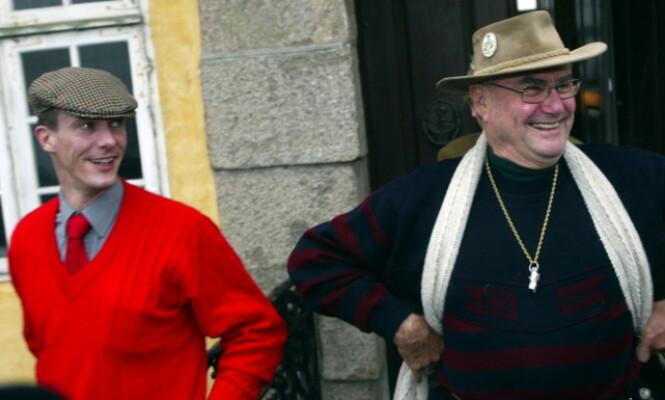 TETTE BÅND: Prins Joachim åpner opp om savnet etter faren i et nytt intervju. Her er far og sønn avbildet under en jakt i 2004. Foto: NTB Scanpix