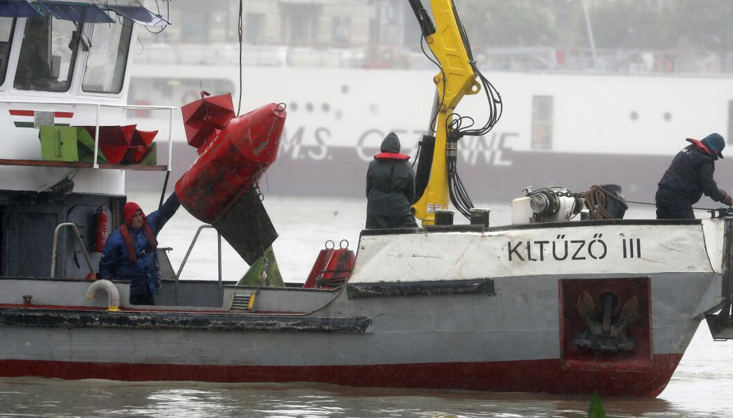75 mennesker reddet etter å ha vært strandet på et tunfiskgarn i Middelhavet