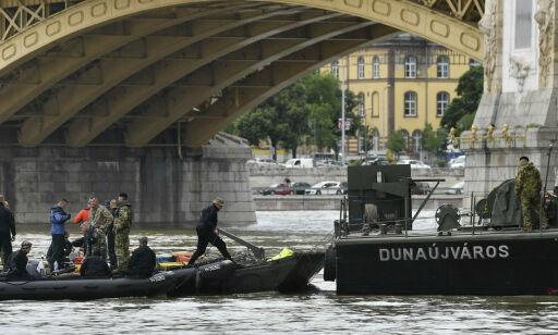 image: 21 fortsatt savnet etter båt-kollisjon i Budapest