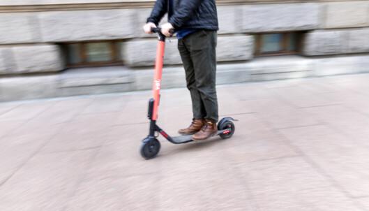 Sverige: 27-åring omkom i ulykke med elsparkesykkel