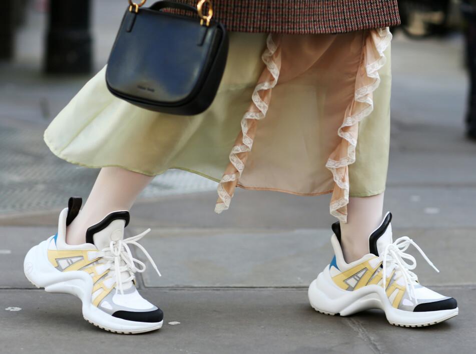 SNEAKERS: Du trenger ikke bruke tusenvis av kroner for å skaffe deg noen skikkelig kule sko. Foto: Scanpix