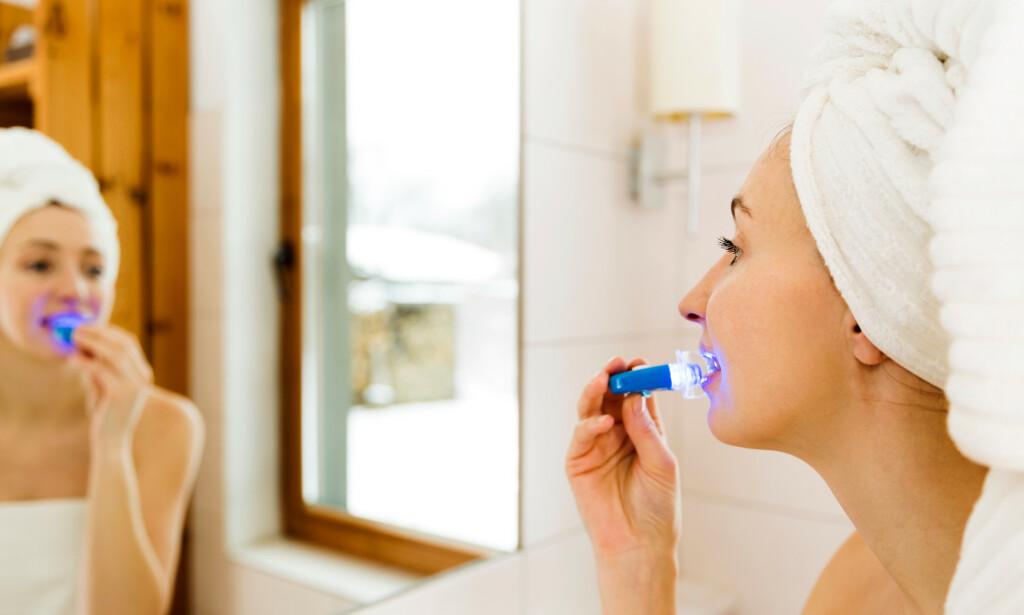 GULE TENNER? Dersom du ønsker å bleke tennene dine, bør du oppsøke tannlege, mener ekspertene. Foto: NTB Scanpix