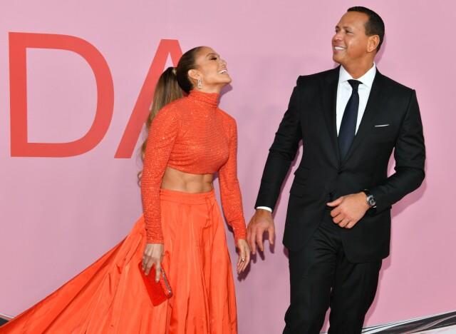 458c9d1a FORELSKET: Jennifer Lopez og Alex Rodriguez sendte hverandre kjærlige blikk  på den røde løperen.