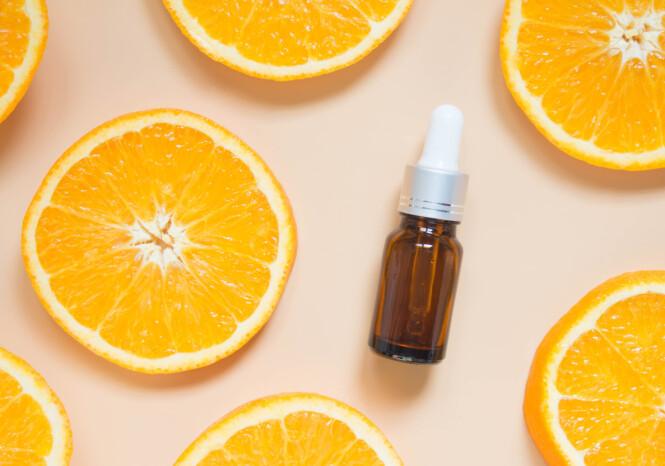TIPS: Skincity-grunnlegger sverger til produkter med C-vitamin for glødende og klar hud. Foto: Scanpix
