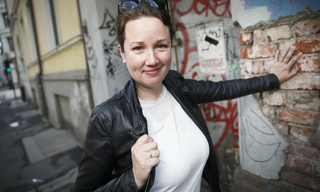 NY SERIE: Kristine Storli Henningsen har tidligere utgitt to lengre bokserier i pocket og flere frittstående romaner. Nå starter hun en spenningsserie med journalist-detektiven Fie Falch og hennes venninne Stella i hovedrollene. Foto: NTB SCANPIX