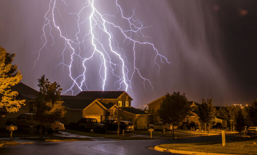 image: Bør man lade elbil i tordenvær?