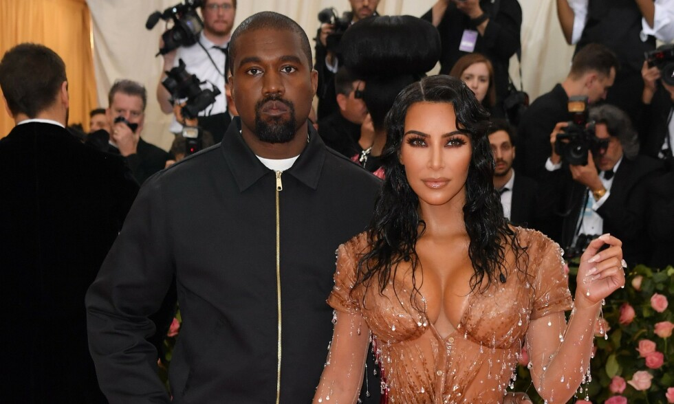 LYKKELIG FAMILIE: Kim og Kanye er nå foreldre til to jenter og to gutter. Foto: NTB Scanpix
