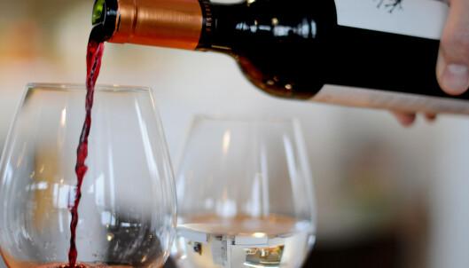 Trump antyder høyere toll på fransk vin