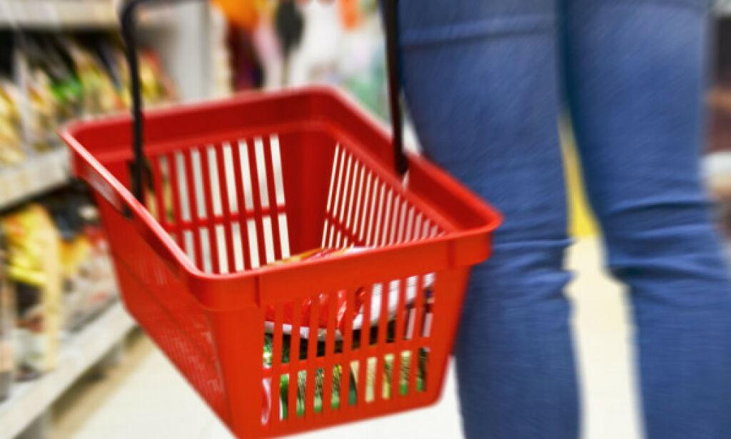 image: Flyreiser og mat trakk prisene ned i mai