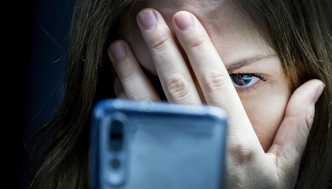 De som bidrar til å spre hatefulle ytringer på nett, bør bli straffet, mener Amnesty International Norge. Illustrasjonsbilder: Gorm Kallestad / NTB scanpix