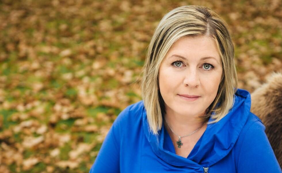 SPENNENDE: Nora Ikstena fyller 50 år i 2019. Hun er en av de mest framtredende forfatterne i dagens Latvia, over satt til blant annet engelsk, japansk, kinesisk og russisk. Foto: Bokbyen Forlag