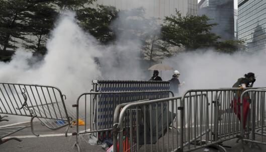 Mange såret da politiet gikk løs på demonstranter i Hongkong