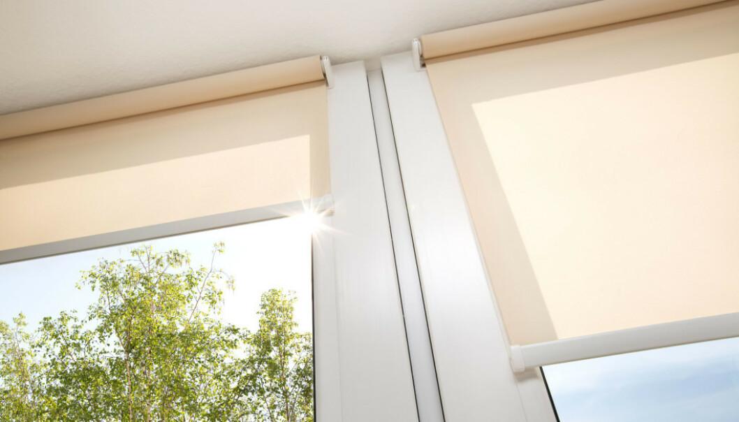 <strong>IKEA TRÅDFRI:</strong> I løpet av sommeren kan du skjerme solen med Ikeas smarte rullegardiner. Foto: Ikea