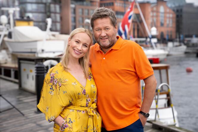 IDOL: Linn Wiik og Bjarne Brøndbo er programlederduo. Førstenevnte avslører at det blir spesielt å få dele jobben med DDE-stjernen. Foto: Espen Solli / TV 2