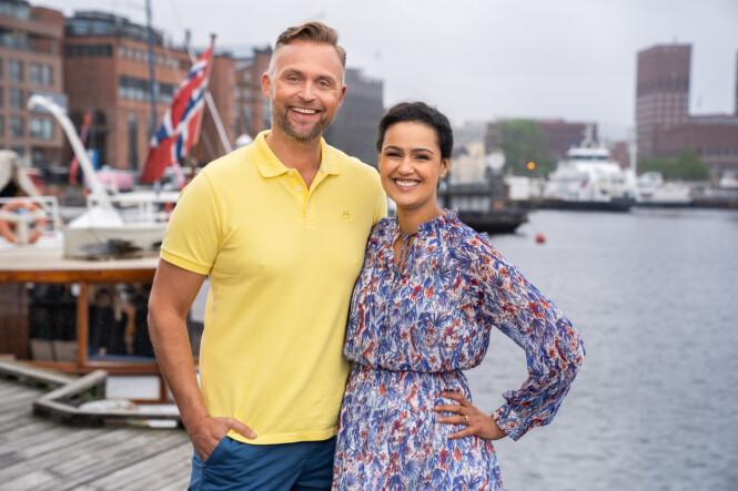 GLEDER SEG: Jon og Desta leder programmet sammen i begynnelsen av august. Foto: Espen Solli / TV 2