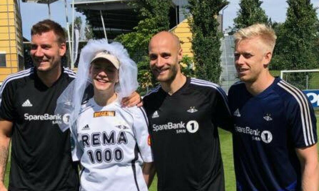 image: Overrasket bruden med RBK-trening