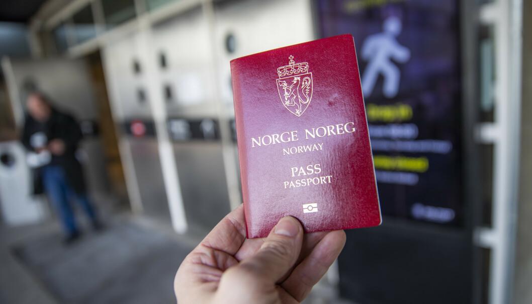 Det er kommet flere reaksjoner på nytt krav om å vise øret i norske pass. Foto: Håkon Mosvold Larsen / NTB scanpix
