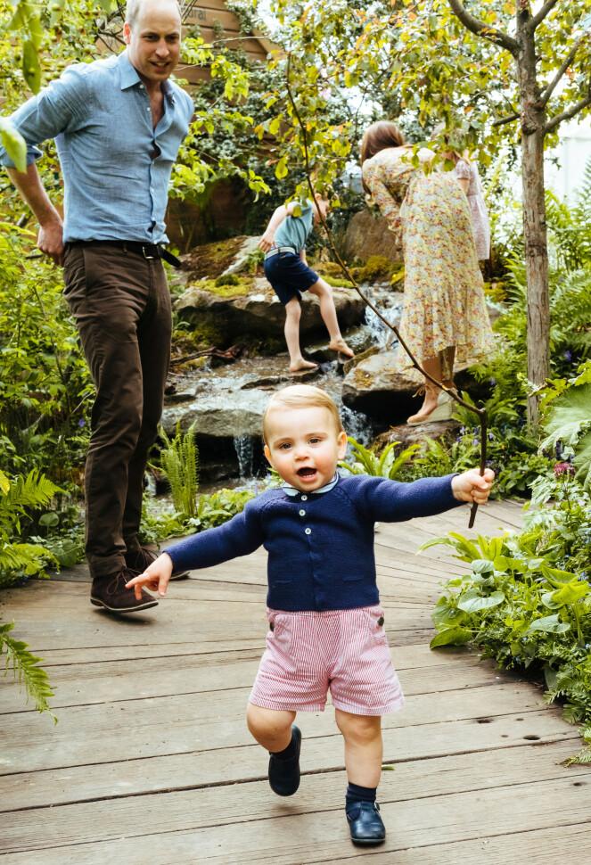 LITEN PRINS: Prins Louis (1) er den yngste sønnen til William og Kate. FOTO: NTB Scanpix