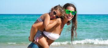 Er det galt å la små barn få bruke bikini?