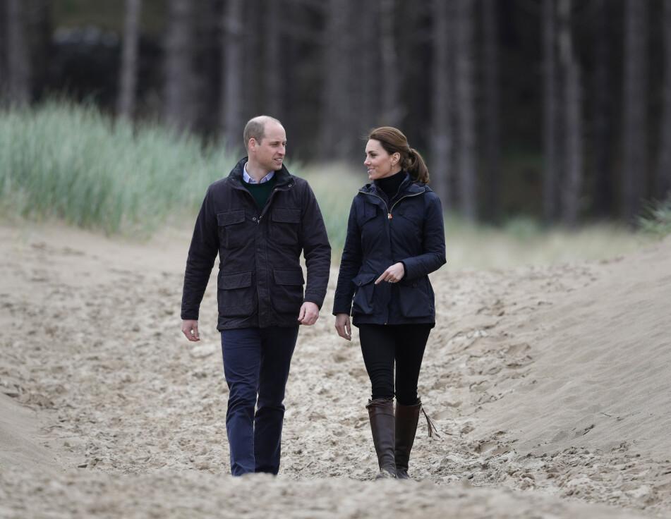 WILLIAM OG KATE: Mye tyder på at hertugparet av Cambridge er flinke til å pleie kjærligheten! FOTO: NTB Scanpix
