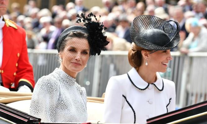 <strong>KJØRTE SAMMEN:</strong> Dronning Letizia av Spania og hertuginne Kate kjørte i samme kortesje etter seremonien, og da så alt ut til å være i den skjønneste orden. Foto: NTB Scanpix