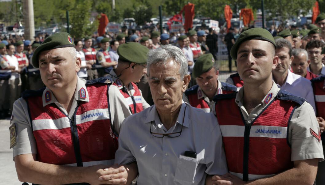 Tidligere sjefen for luftforsvaret, Akin Özturk, er blant offiserene som torsdag ble dømt til livsvarig fengsel for sin angivelige deltakelse i kuppforsøket i 2016. Arkivfoto: AP/NTB scanpix