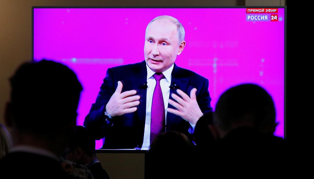 <strong>MØTTE BORGERNE:</strong> Den russiske presidenten Vladimir Putin fikk en rekke kritiske spørsmål på sin årlige sekvens med spørsmål fra borgerne torsdag. Foto: REUTERS / NTB Scanpix