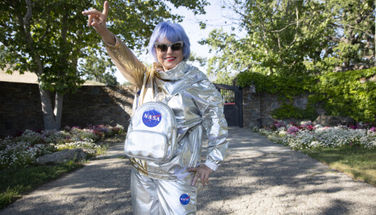 <strong>FAN:</strong> Polsk-amerikanske Eva Blaisdell, som kaller seg Lady Rocket, besøker Neverlandranchen. Foto: Fredrik Kalstveit