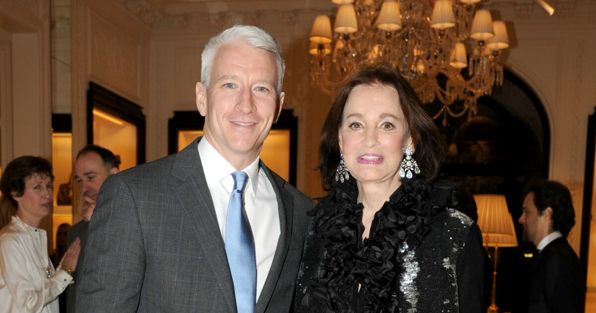 Gloria Vanderbilt – The celebrity son does not get a single