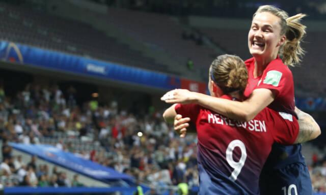 4b33e556 Fotball-VM for kvinner 2019: Børs - Børsen: Hun var Norges beste ...