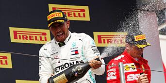 image: Hamilton suveren - ti strake for Mercedes