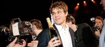 Angrep Magnus Carlsen: Ble selv avslørt