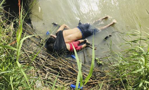 Bilde av druknede flyktninger vekker sterke følelser i USA
